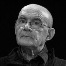 Photo von Jean-Luc Nancy , en el Salón del Libro de París, 2010